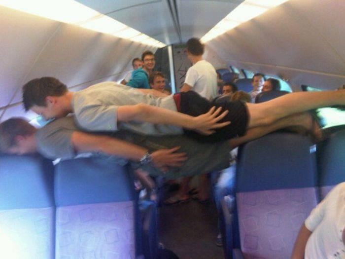 Planking - zabawa w leżenie 14