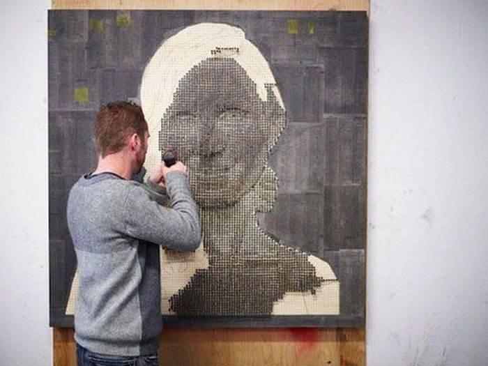 Portrety wykonane ze śrub 12