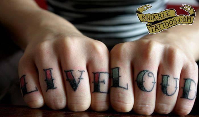Tatuaże na kostkach 38