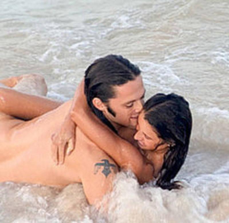 Можно ли заниматься сексом в воде, чем он опасен.