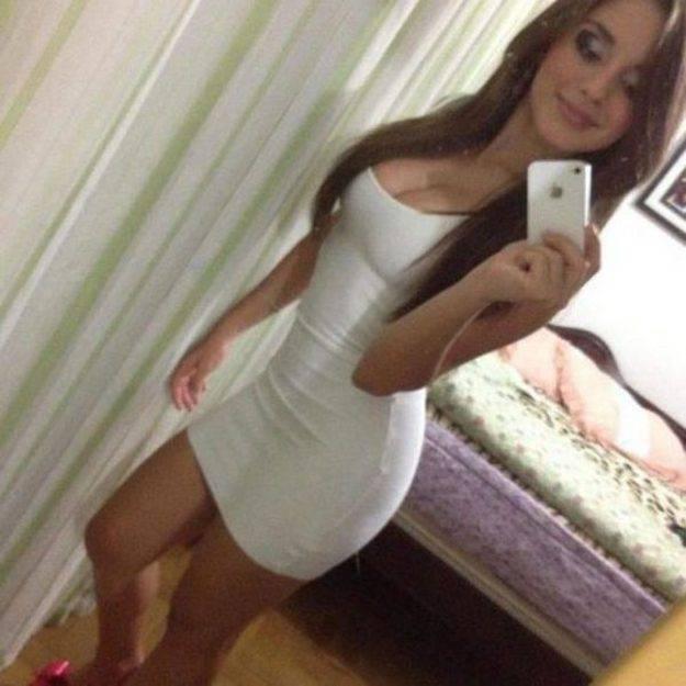 Obcisłe sukienki #10 7