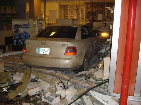 Wypadki samochodowe 41