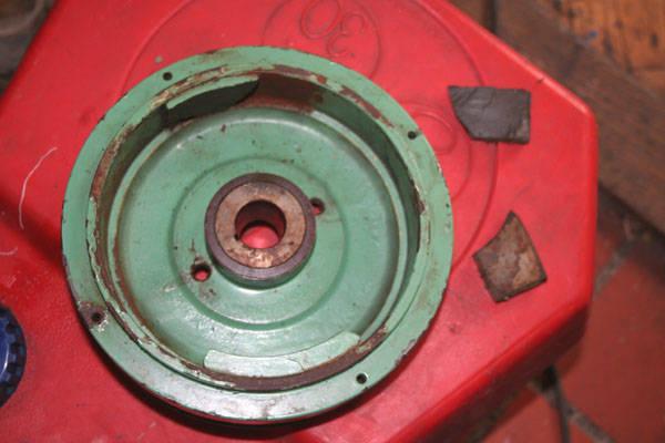 Mercury 25 ML broken flywheel magnets Page: 1 - iboats