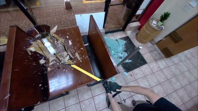 Restaurant Takeover S02E03 XviD-AFG