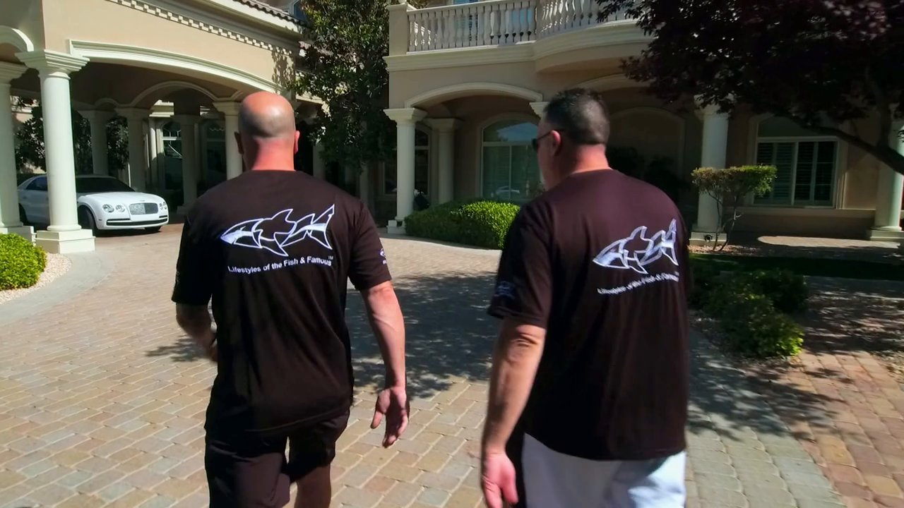 Tanked S15E03 Demarcus Cousins and a Snake Tank 720p AMZN WEB-DL DDP2 0 H 264-NTb
