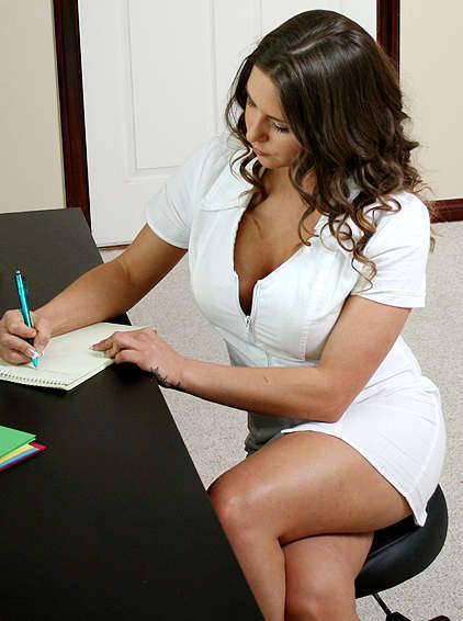 Фото жирная сексуальная женщина и Красивые девушки в бикини.