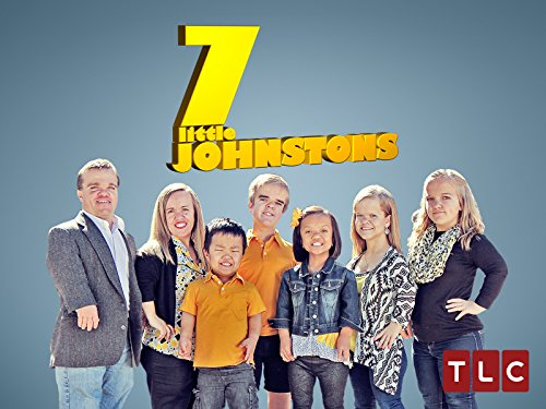 7 Little Johnstons S04E03 Dads Wearing Moms Pants WEB x264-KOMPOST