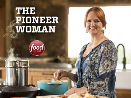The Pioneer Woman S21E06 Chocolate Appreciation Day 720p WEB x264-CAFFEiNE