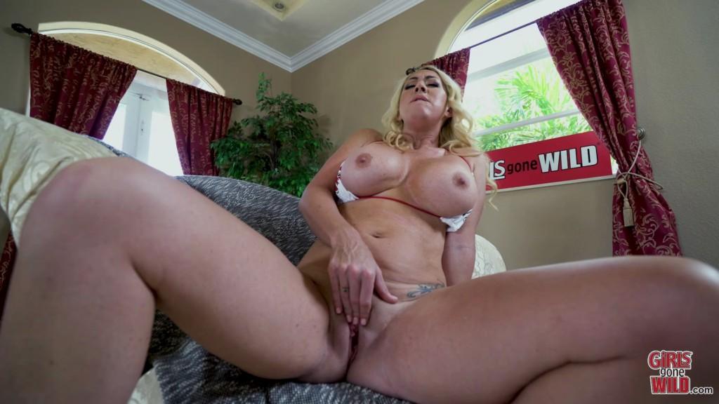 GirlsGoneWild 19 06 20 Janna Rubs Her Clit Fast XXX 1080p MP4-KTR