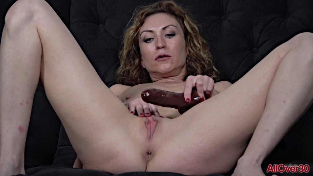 AllOver30 20 01 17 Julia North Ladies With Toys XXX 1080p MP4-KTR