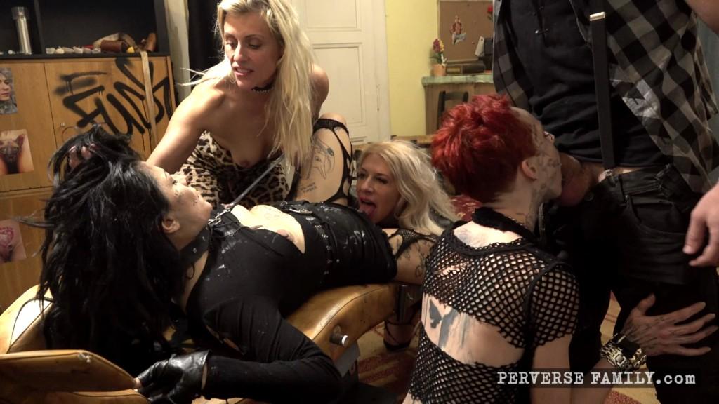 PerverseFamily E27 Like Mother Like Daughter XXX 1080p MP4-WEIRD
